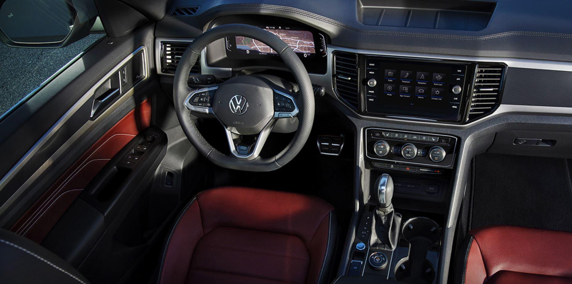2021-volkswagen-atlas-cross-sport-interior-dashboard-touchscreen