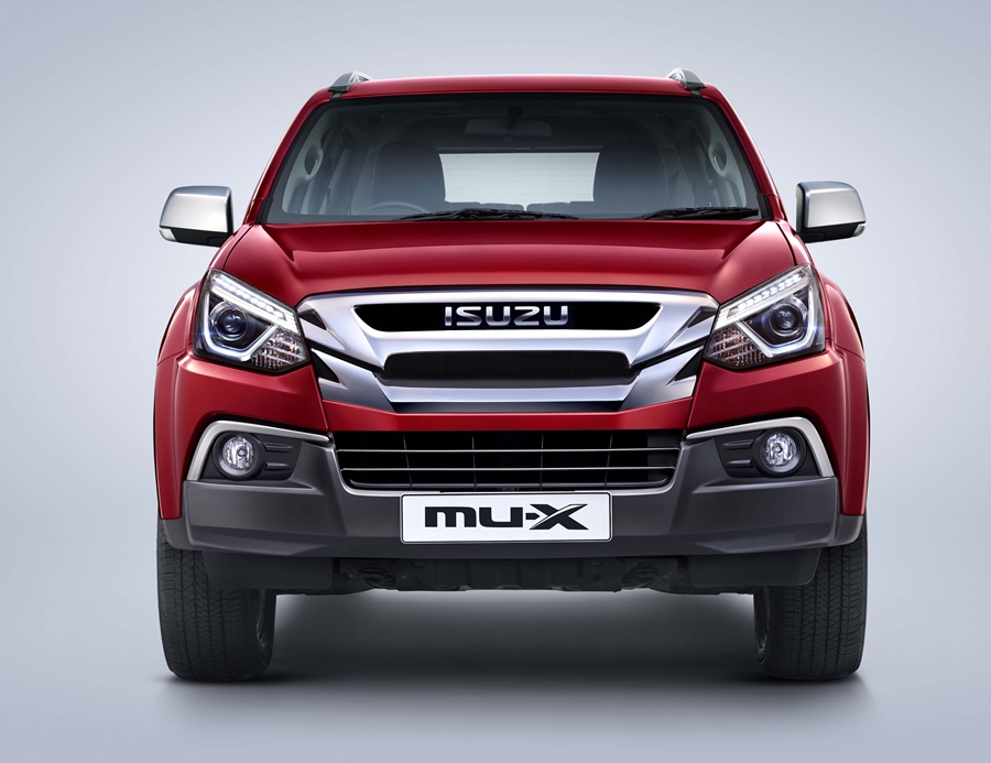 isuzu-mu-x-bs6-front-exterior-maroon