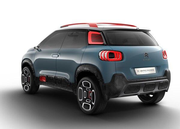 citroen-aircross-compact-suv-exterior-rear-india