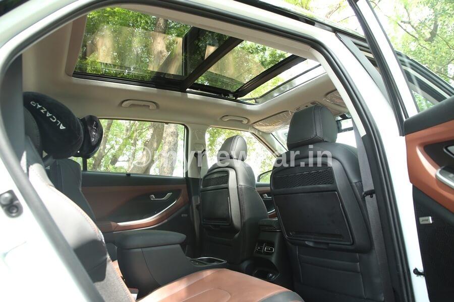 Hyundai Alcazar space and comfort review