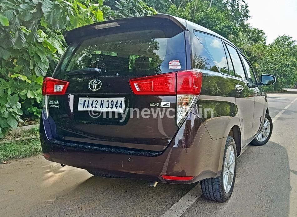 Toyota Innova BS6 diesel 2.4 AT review