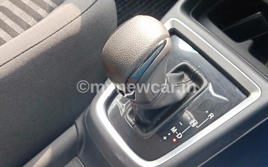 New Maruti Swift facelift dualjet AMT mileage review