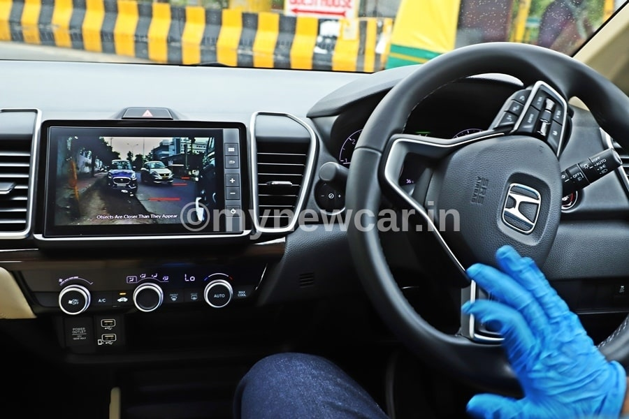 new honda city rear camera feature