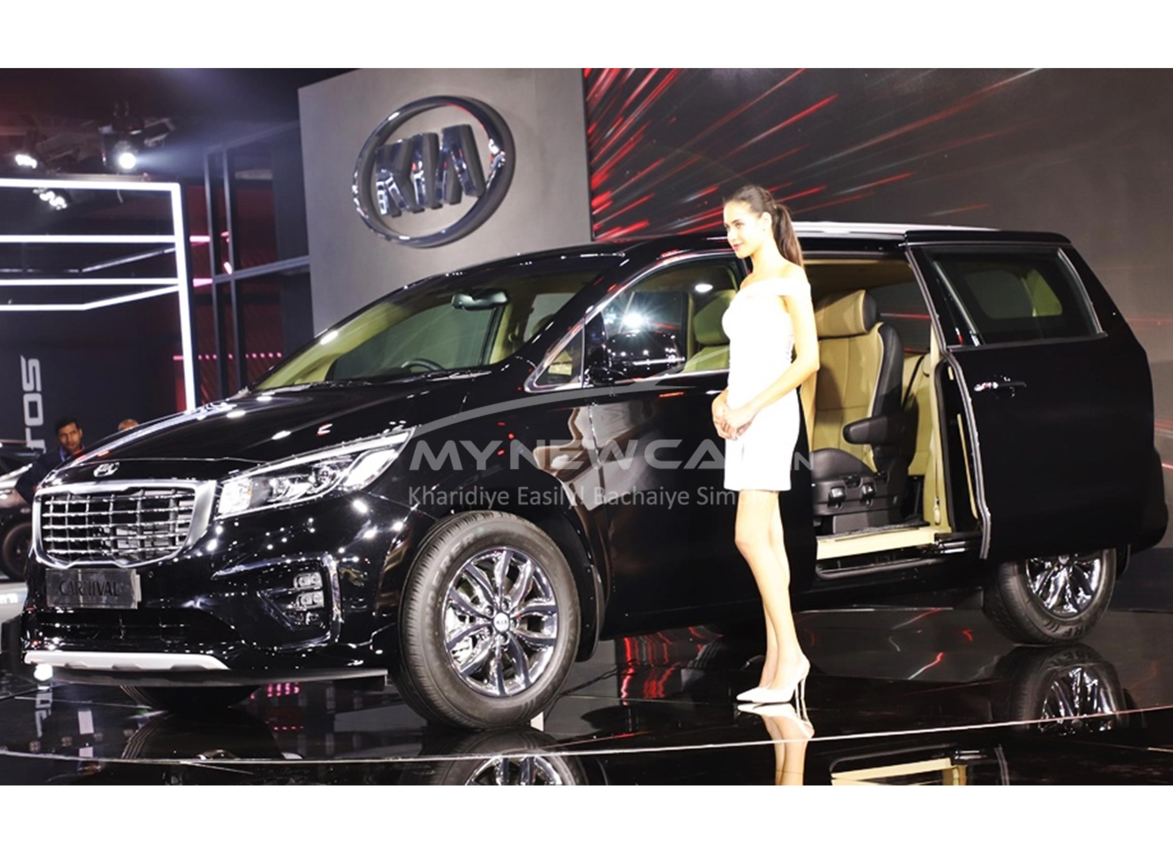 kia carnival at auto expo 2020