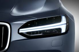 car-technology-features-led-head-lights