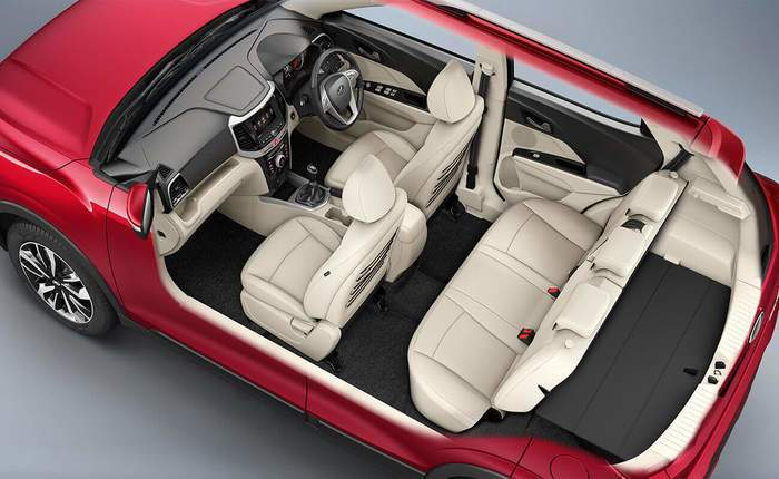 mahindra-xuv-300-rear-space-comfort