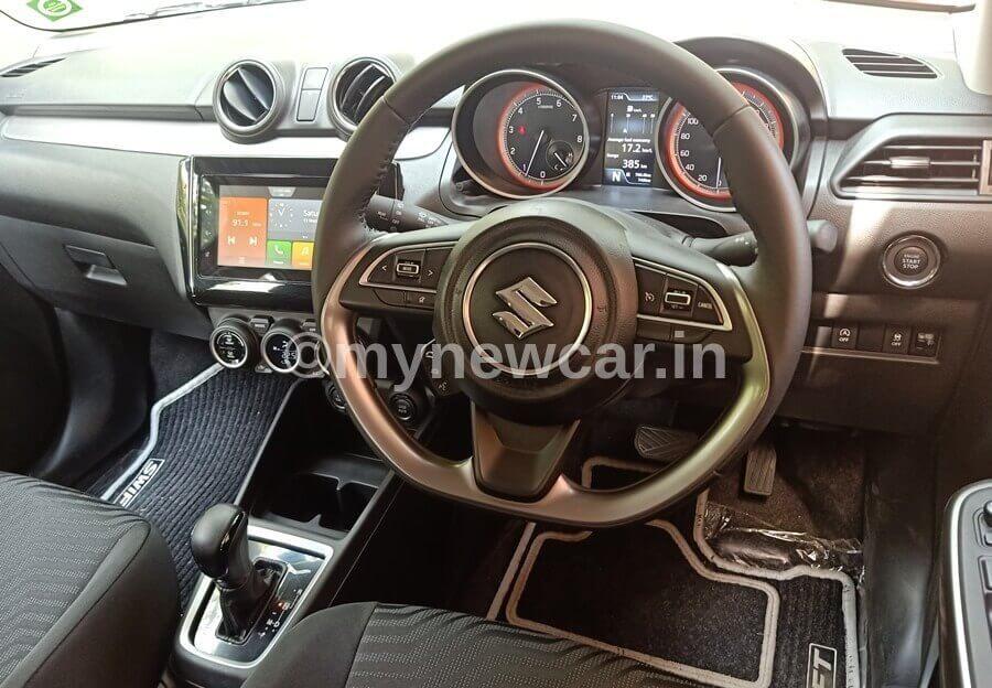 Maruti Swift facelift vs Renault Kiger feature compare