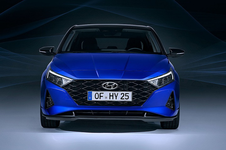 new-2020-hyundai-i20-exterior-front-view-grille-headlight-blue
