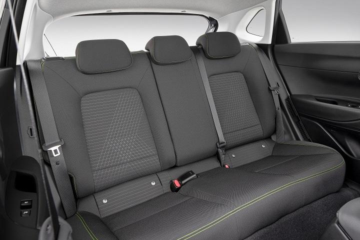 new-2020-hyundai-i20-rear-seat