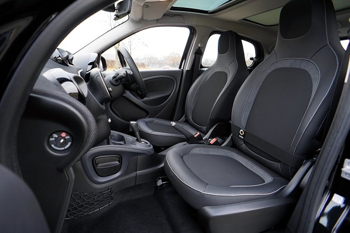 new-car-pre-delivery-inspection-interior