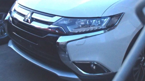 Mitsubishi Outlander 2016 spy shot