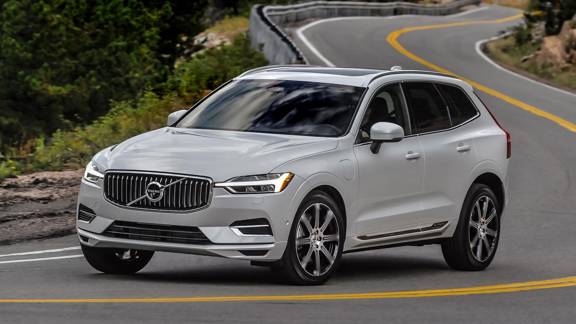 Volvo XC60 Look, Price, Rivals & Feature