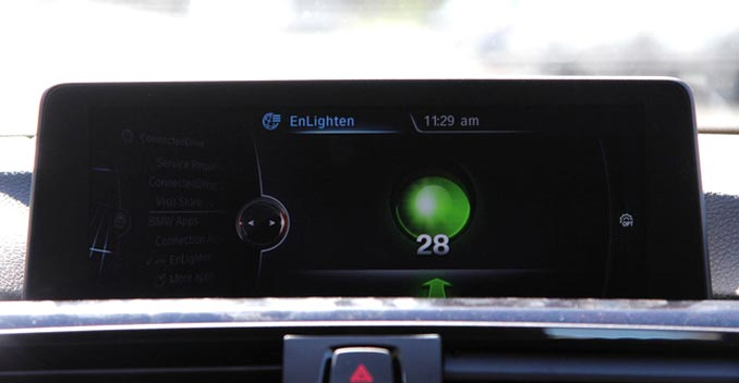 BMW EnLighten App Alerts You On Traffic Signal Status