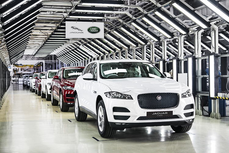 Jaguar starts the production of F-Pace in India