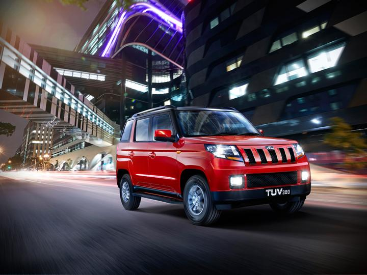 Mahindra launches 2017 TUV 300 T10