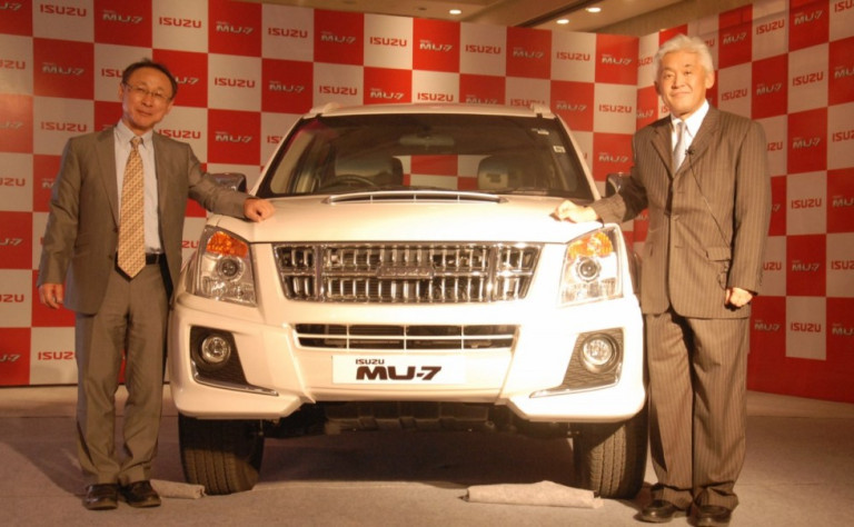 Isuzu MU-7 automatic to be launched this month