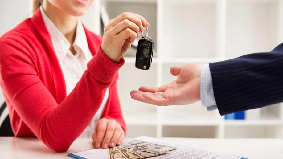 Car Loan India: Top 9 Reasons To Choose Auto Loan vs Paying Cash