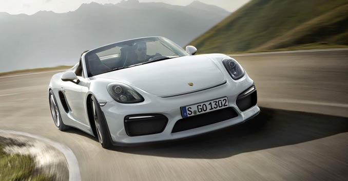 Porsche reveals Boxster spyder at the New York Auto Show